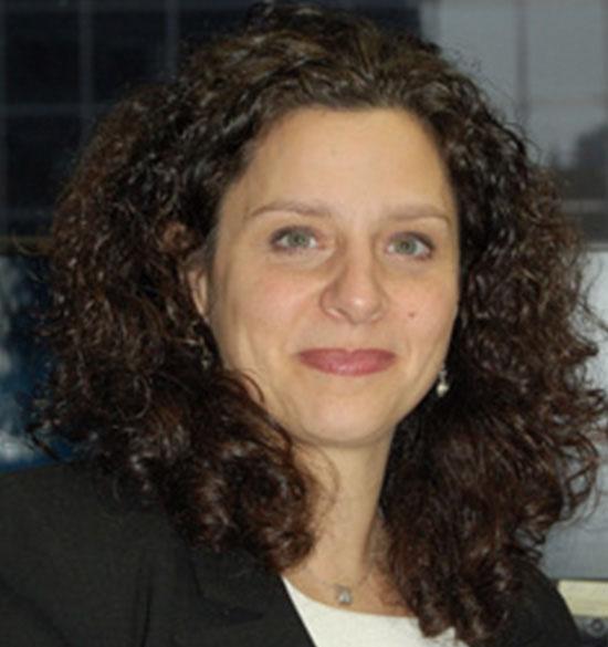 Christine Sadofsky Headshot